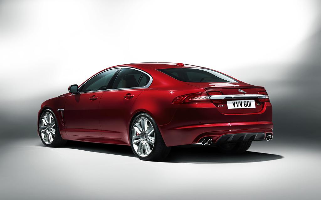 2016-jaguar-xe-review-1024x640.jpg