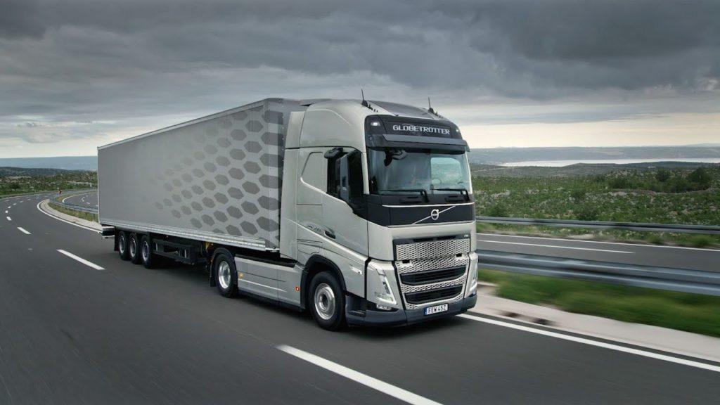 Відголоски напівпровідникової кризи: Volvo зупинила завод у Генті