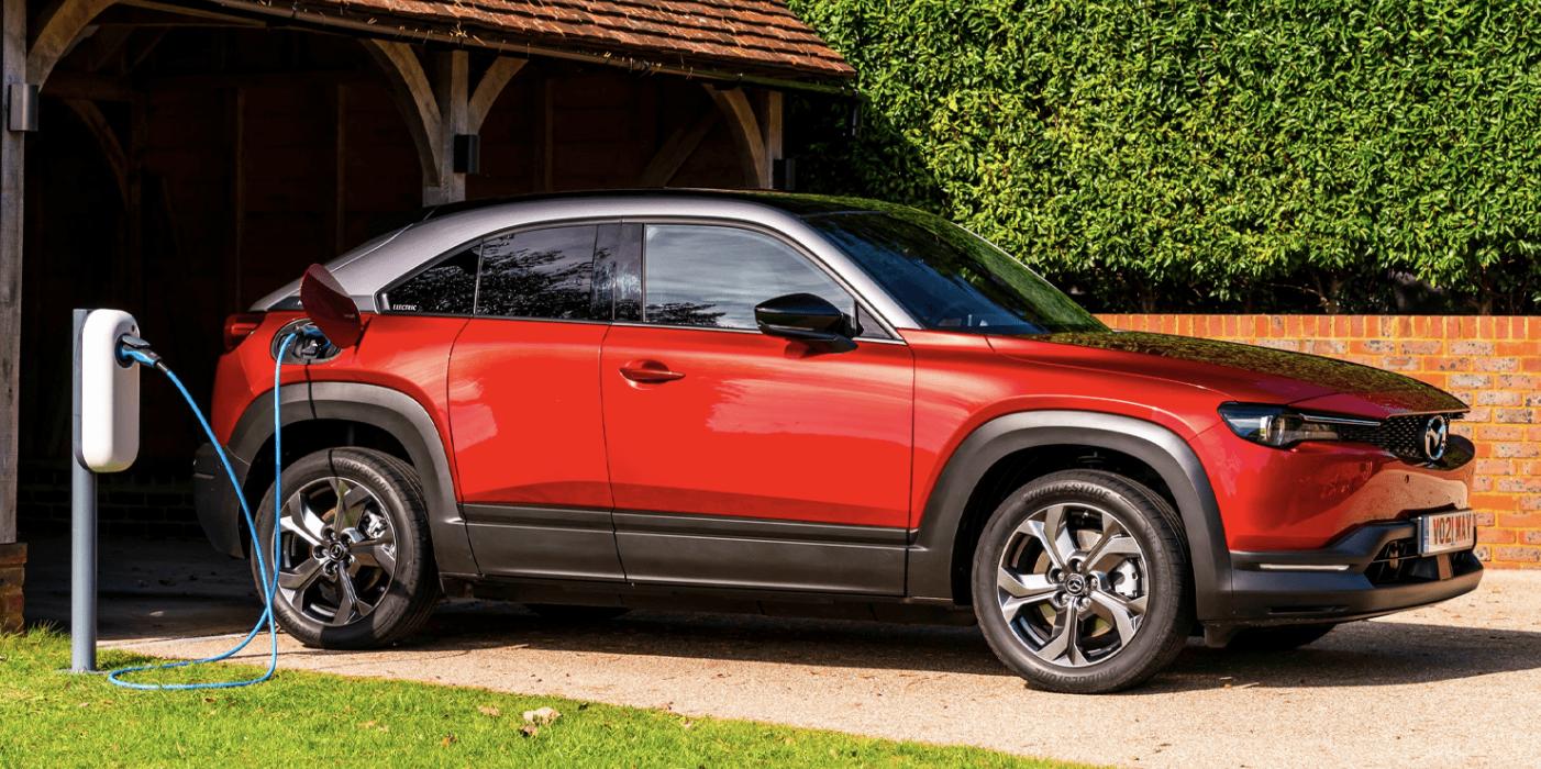 Mazda відкликає майже 12 тисяч електрокросоверів MX-30 в Європі: знайшли одразу дві проблеми