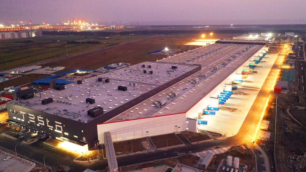 Електромобіль Tesla за  тисяч випускатимуть у Китаї: компанія розширює завод у Шанхаї