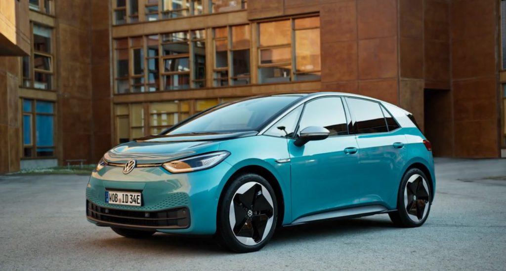 Електромобільний бум по-німецьки: у дилерів закінчуються автомобілі