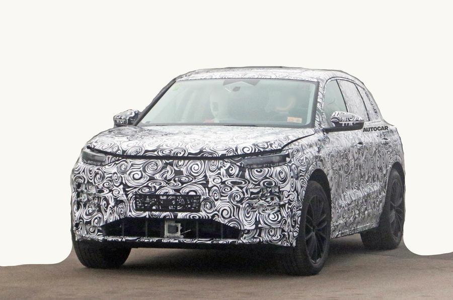 Audi вивела на дорожні тести новий електричний кросовер з запасом ходу понад 480 км та підтримкою швидкісної зарядки