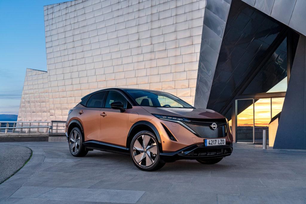 Десять «електричних» відтінків: Nissan розкрив палітру кольорів електрокросовера Ariya