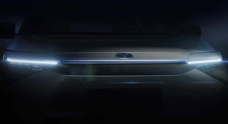 Toyota презентувала новий електрокросовер bZ4X, розроблений спільно із Subaru