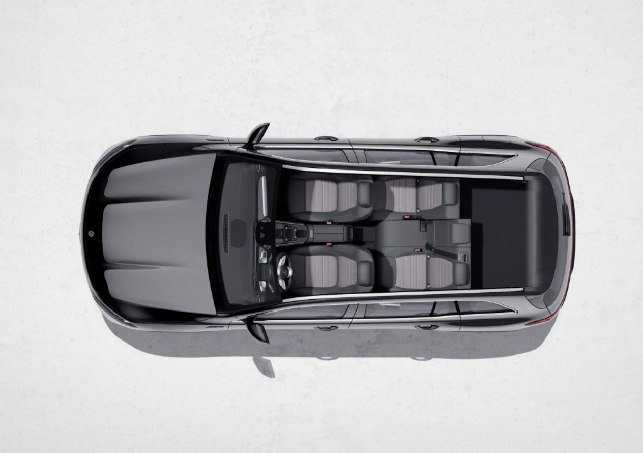 Електрокросовер Mercedes-Benz EQB представили офіційно: 272 к.с. потужності й 480 км запасу ходу