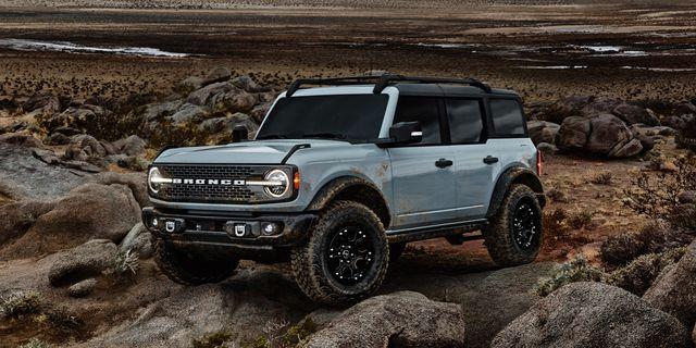 Ford розробляє електричну версію Bronco: в компанії натякнули на майбутній «зелений» позашляховик