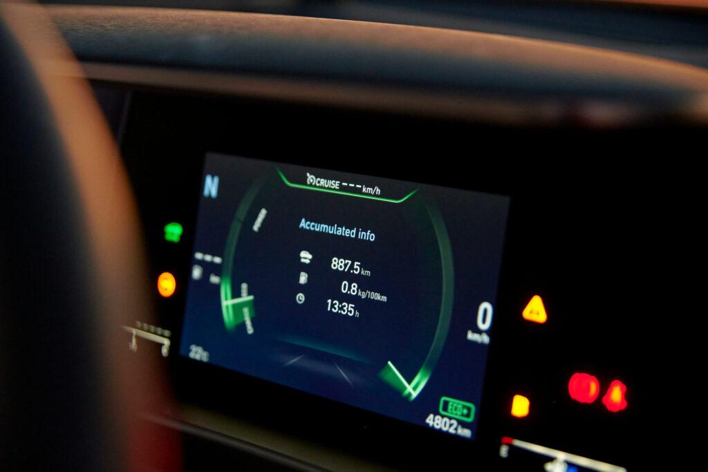 888 км без дозаправки: водневий автомобіль Hyundai Nexo встановив новий рекорд пробігу