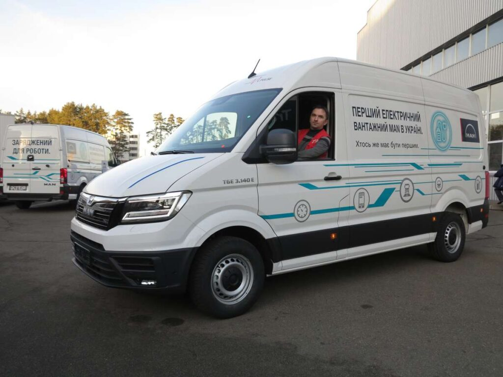 В Києві помічений вантажний електромобіль MAN eTGE: що це за звір