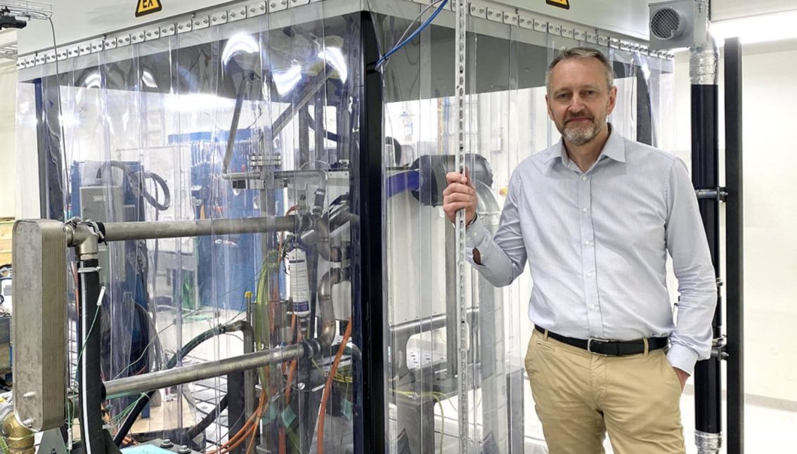 Volvo відкрили нову лабораторію в Швеції, де будуть випробовувати водневі вантажівки