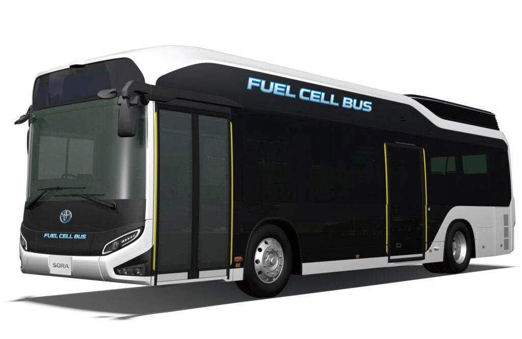 Дебют водневих автобусів Toyota на Олімпійських іграх в Токіо зазнав критики: в чому проблема