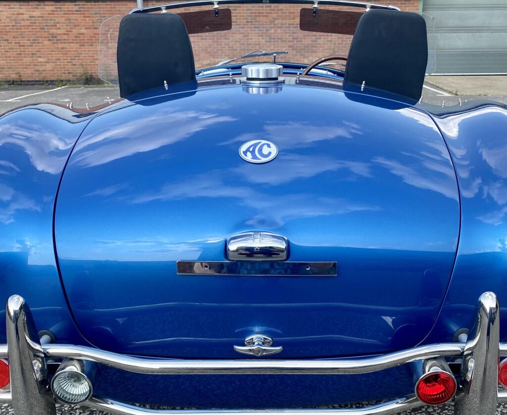 Від 161 500 євро: електрична Shelby Cobra з запасом ходу 240 км вийде обмеженою серією