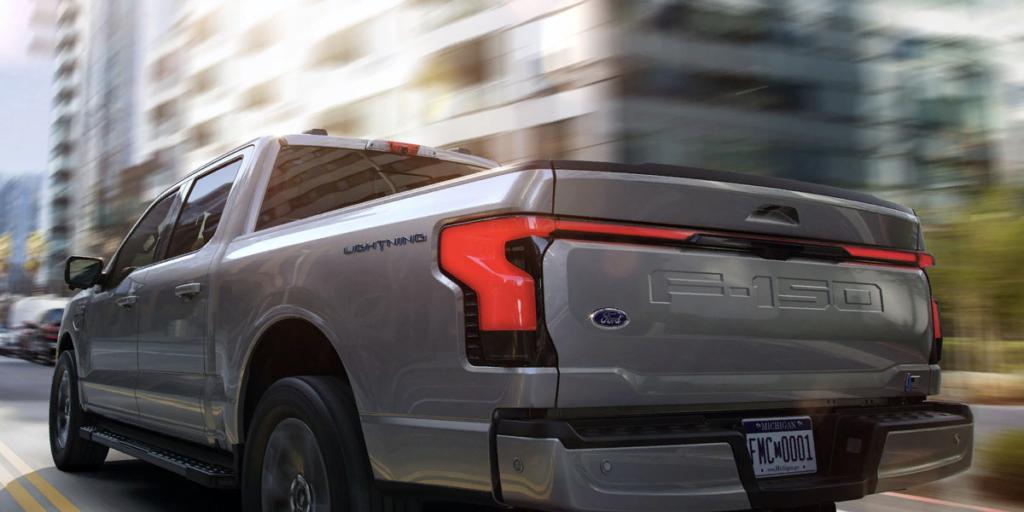 Електричний пікап Ford F-150 Lightning: чому він стане проривом на ринку електромобілів