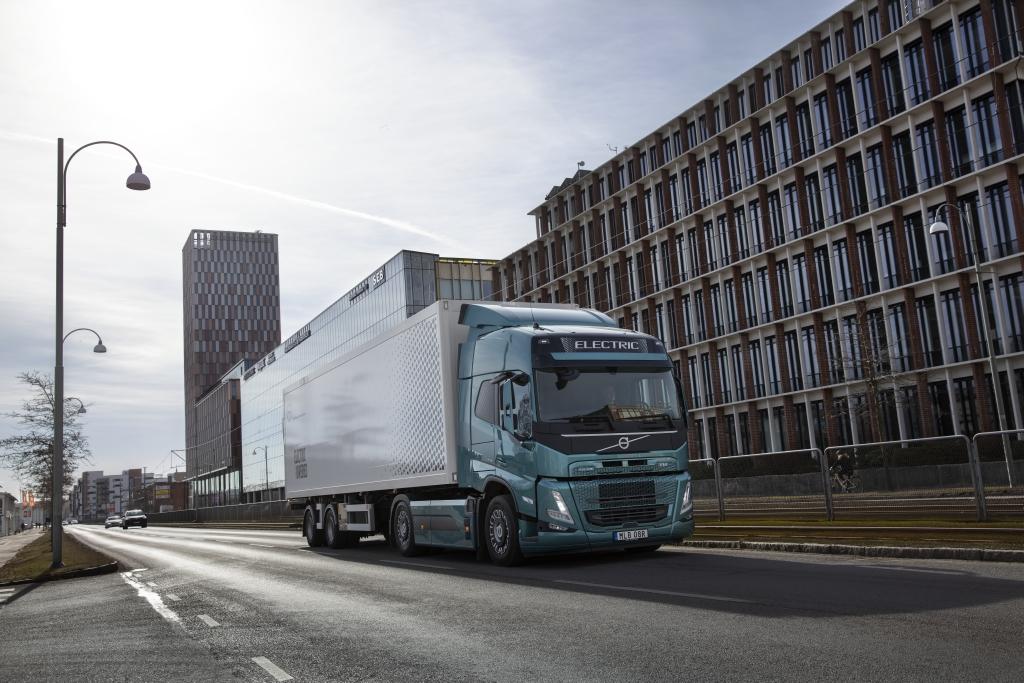 Volvo Trucks розкрила технологічні особливості нових великотоннажних електровантажівок