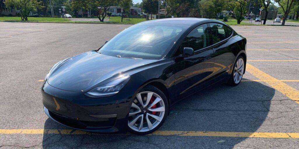 Другий квартал став рекордним для Tesla: понад 200 000 доставлених електромобілів