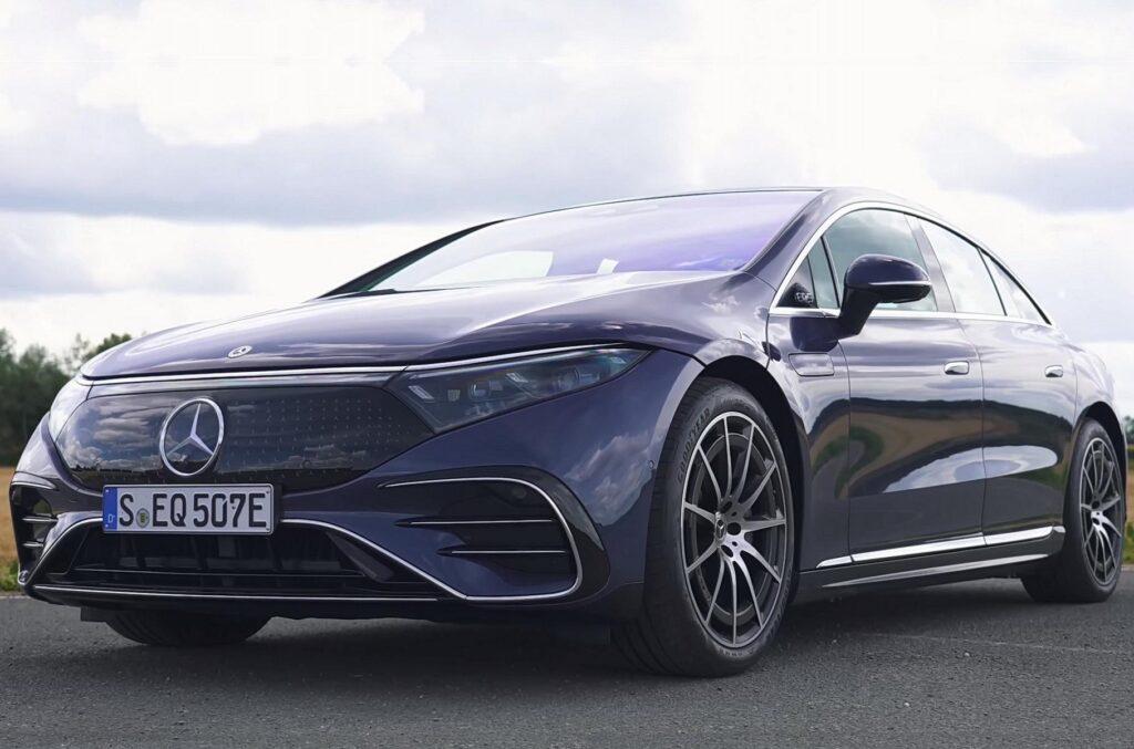 Відео дня: електромобілі Audi RS e-tron GT, Mercedes EQS та Porsche Taycan влаштували драг-заїзд із Tesla Model S