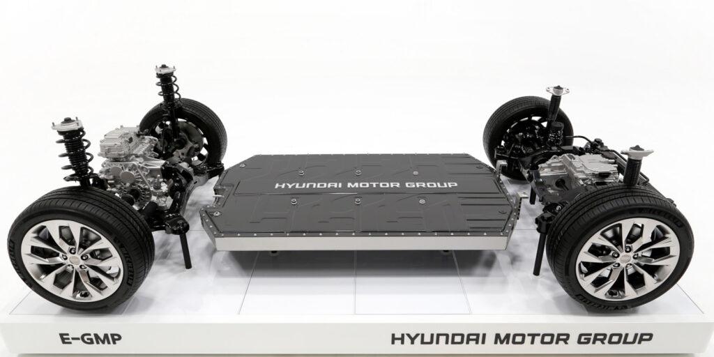 Завод за ,1 млрд: Hyundai та LG налагодять виробництво акумуляторів в Індонезії