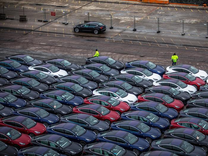 Мікросхеми і кораблі: Ілон Маск назвав головні загрози росту Tesla